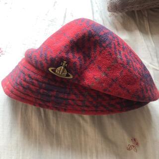 ヴィヴィアンウエストウッド(Vivienne Westwood)のvivienne westwood ウール帽子 赤(ハンチング/ベレー帽)