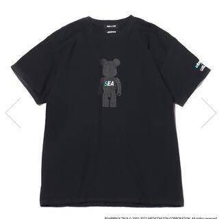 アトモス(atmos)のBE@RBRICK x atmos x WIND AND SEA Lサイズ(Tシャツ/カットソー(半袖/袖なし))