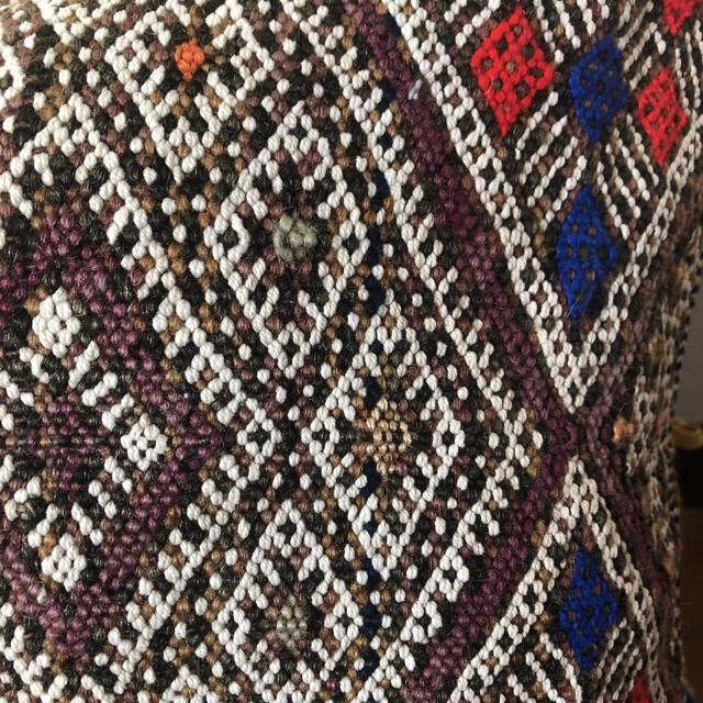 Hug O War(ハグオーワー)のヴィンテージ モロッコ キリム クッションカバー インテリア/住まい/日用品のインテリア小物(クッションカバー)の商品写真
