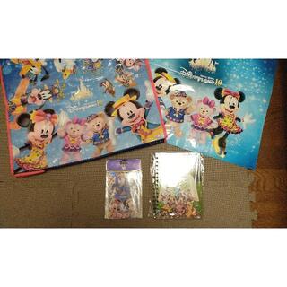 ダッフィー(ダッフィー)の香港ディズニー10周年 ダッフィー ショップ袋 シールポストカード リングノート(キャラクターグッズ)