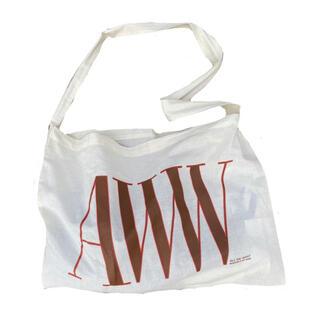 ワンエルディーケーセレクト(1LDK SELECT)のAWW MAGAZINE holiday bag バッグ(ショルダーバッグ)