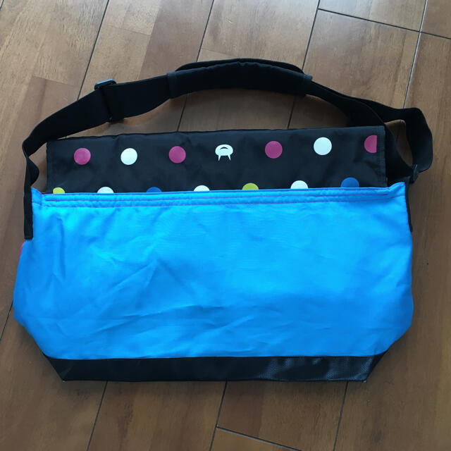 LAUNDRY(ランドリー)のlaundry メッセンジャーバッグ ショルダーバッグ メンズのバッグ(メッセンジャーバッグ)の商品写真