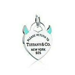 ティファニー(Tiffany & Co.)のティファニー リターントゥティファニー エナメル デビル ハート チャーム(ネックレス)