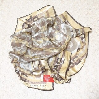 バレンシアガ(Balenciaga)の《未使用》シルク100% BALENCIAGA 85㎝×85㎝ スカーフ(バンダナ/スカーフ)