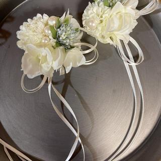 toytoy700 親子コサージュセット白マム 【オールホワイト】入学式 結婚式(コサージュ/ブローチ)