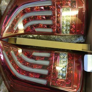 ヴァレンティーン(VARENTINE)のこーき様専用プリウス30テールランプ(車種別パーツ)