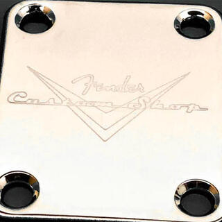 【新品】Fender フェンダー カスタムショップ ネックプレート クローム(エレキギター)