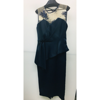 スコットクラブ(SCOT CLUB)のSCOT CLUB購入 ラッフルタイトドレス ネイビー新品未使用タグ付き(ミディアムドレス)