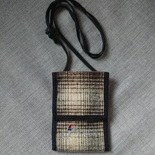 クイックシルバー(QUIKSILVER)の美品 クイックシルバー Quiksilver パスケース ミニ財布  (ボディーバッグ)