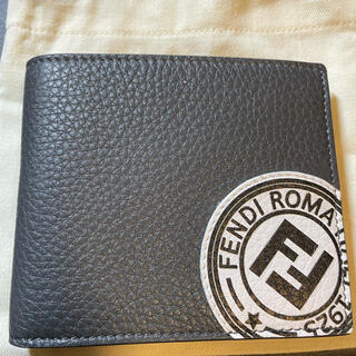 フェンディ(FENDI)のFENDI 2つ折り財布(折り財布)