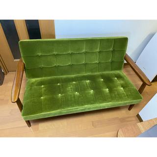 カリモクカグ(カリモク家具)のカリモク60  Kチェア モケットグリーン(二人掛けソファ)