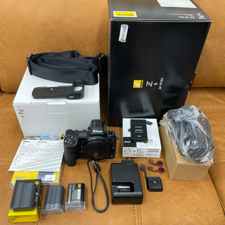 Nikon - NIKON Z6 ボディ