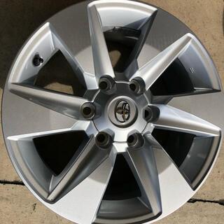 トヨタ - プラド純正ホイール17インチ 4本セット