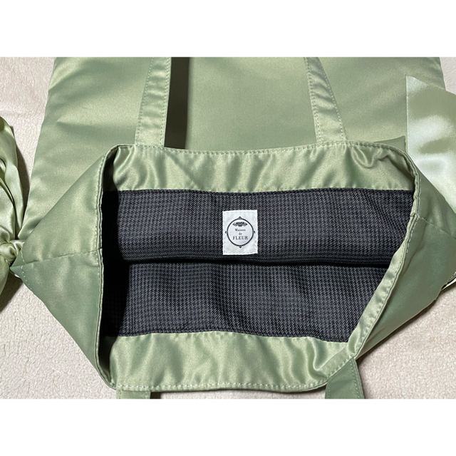 Maison de FLEUR(メゾンドフルール)のメゾンドフルール トートバック 緑色 レディースのバッグ(トートバッグ)の商品写真