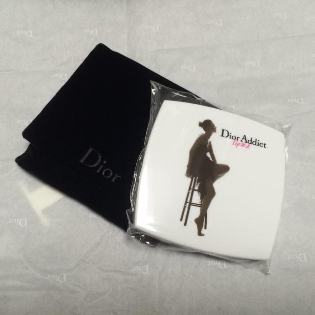 premium selection 0d3c6 aefcb 【新品】DIOR コンパクト ミラー☆ | フリマアプリ ラクマ