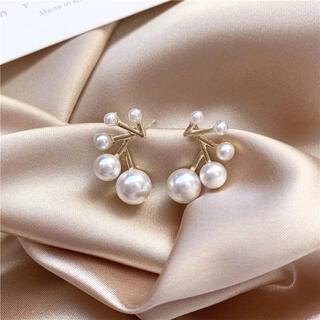 アガット(agete)のfive pearls pierce ◯s925 post (ピアス)