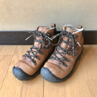 キーン(KEEN)のキーン keen トレッキングシューズ 革 ブーツ 登山 アウトドア キャンプ(登山用品)