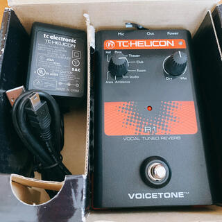 TCHELICON VOICETONE R1VOCAL TUNED REVERB(エフェクター)