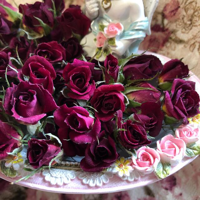 ミニ薔薇 ドライフラワー★20輪セット+おまけ2輪付き★花材 素材★ハーバリウム ハンドメイドのフラワー/ガーデン(ドライフラワー)の商品写真