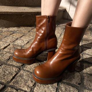 アメリヴィンテージ(Ameri VINTAGE)のAmeri vintage LADY SHARK SOLE BOOTS ブラウン(ブーツ)