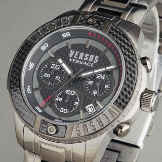 ヴェルサーチ(VERSACE)の【新品即納】ヴェルサス ヴェルサーチ メンズ腕時計 カーボン調ベゼル 50M防水(腕時計(アナログ))