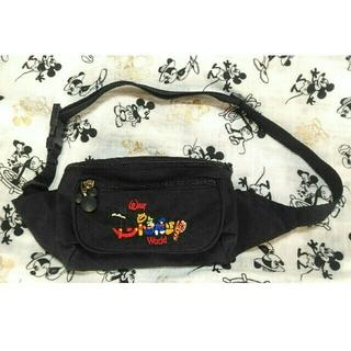 ディズニー(Disney)のWDW バッグ ウエストポーチ ミッキー 刺繍 レア ディズニーワールド ロゴ(ボディバッグ/ウエストポーチ)