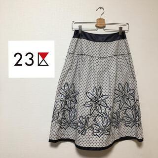 ジユウク(自由区)の自由区 スカート 38 M(ひざ丈スカート)