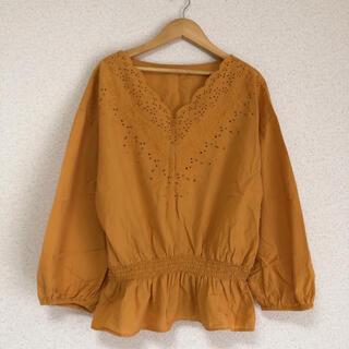 GU - ● ジーユー大きいサイズ ボタニカル刺繍、きれい色カットソー XLサイズ●