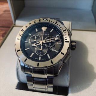 ヴェルサーチ(VERSACE)のヴェルサーチ メンズ ロゴ クロノグラフ 48mm black(腕時計(アナログ))