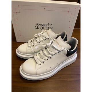 Alexander McQueen - ALEXANDER MCQUEEN  OVERSIZED SNEAKER