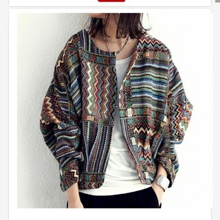 antiqua - アンティカ  ゴブラン織り風レトロ柄ジャケット