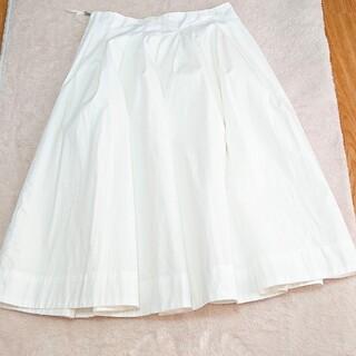 エムプルミエ(M-premier)の美品 エムズセレクト 34 白 スカート(ひざ丈スカート)