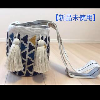【新品未使用】wayuubag ワユーバッグ 黒青黄矢印柄(ショルダーバッグ)