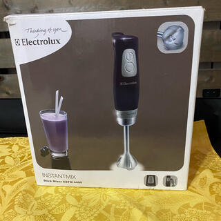 エレクトロラックス(Electrolux)のelectrolux スティックミキサー estm4400 新品(ジューサー/ミキサー)
