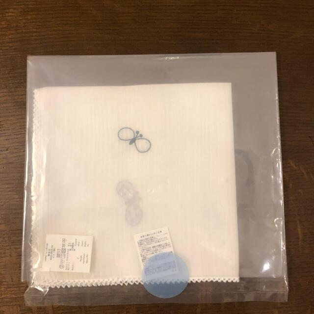 mina perhonen(ミナペルホネン)のミナペルホネン ハンカチ ちょうちょ ホワイト レディースのファッション小物(ハンカチ)の商品写真