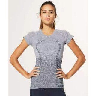 ルルレモン(lululemon)のSwiftly Tech SS(Short Sleeve) Crew(ヨガ)