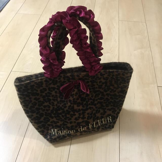 Maison de FLEUR(メゾンドフルール)のトートバッグ Maison de FLEUR  2点セット 中古 レディースのバッグ(トートバッグ)の商品写真