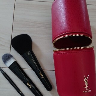 イヴサンローランボーテ(Yves Saint Laurent Beaute)のイヴ・サンローラン 試供品  メイクブラシセット ブラシセット(コフレ/メイクアップセット)