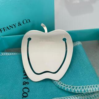 ティファニー(Tiffany & Co.)のTIFFANY & Co. ティファニー りんご型シルバーブックマーク(その他)