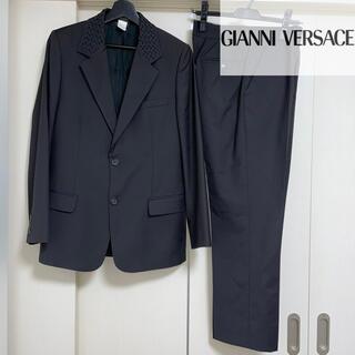 ジャンニヴェルサーチ(Gianni Versace)のジャンニヴェルサーチ セットアップ スーツ 裏地 メドゥーサ 編み込みカラー(セットアップ)