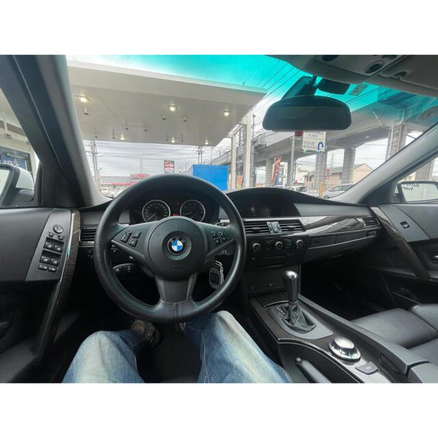 BMW(ビーエムダブリュー)のBMW 530 左ハンドル 革シート サンルーフ 自動車/バイクの自動車(車体)の商品写真