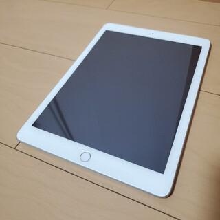 アイパッド(iPad)のiPad 第5世代 32G  9.7インチ WIFI 極美品 (スマートフォン本体)