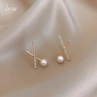 スタージュエリー(STAR JEWELRY)のCross line pearl pierce ❀︎S925post gold(ピアス)