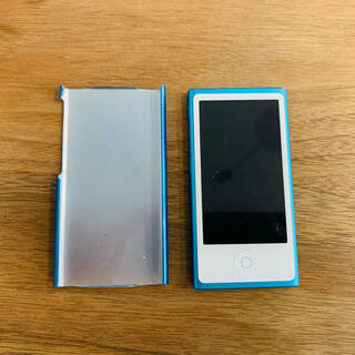 アイポッド(iPod)の【送料無料】Apple ipod nano 7世代 16GB アルミカバー付き(ポータブルプレーヤー)