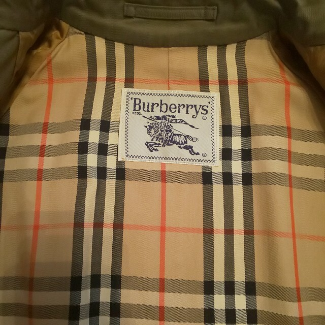 BURBERRY(バーバリー)のBURBERRYS ステンカラーコート カーキ レディースのジャケット/アウター(トレンチコート)の商品写真