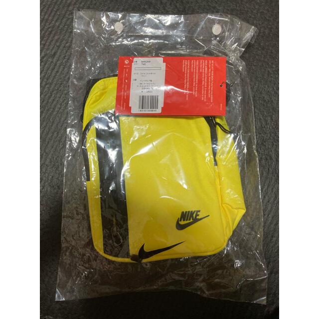 NIKE(ナイキ)の新品 ナイキ NIKE ショルダー バッグ 3L ポーチ イエロー 鞄 メンズのバッグ(ショルダーバッグ)の商品写真