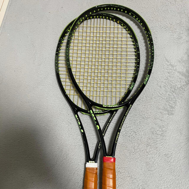 wilson(ウィルソン)のWilson blade98 16x19 2本セット スポーツ/アウトドアのテニス(ラケット)の商品写真
