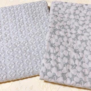 チェックアンドストライプ 刺繍生地 セット(生地/糸)