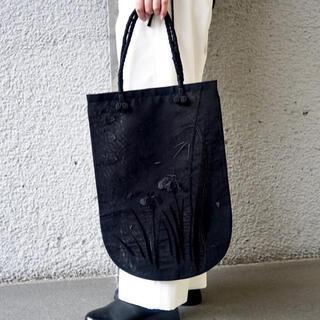 マメ(mame)のFloral Embroidered Handbag(ハンドバッグ)