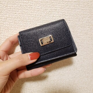 トッズ(TOD'S)の三つ折り財布(財布)